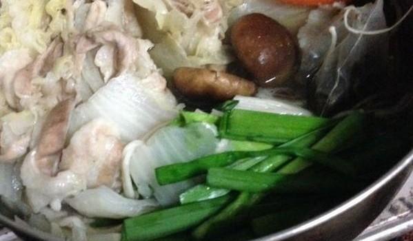 ホーリーバジルのティーパッグで、簡単薬膳鍋